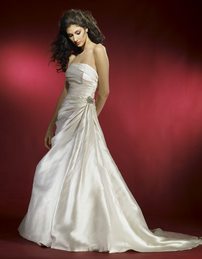 Christian Wedding Gown Retailers in Commercial Street bangalore ...